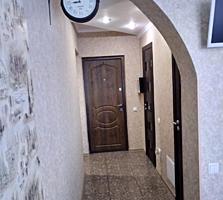 Продается 2-комнатная квартира на Западном!!