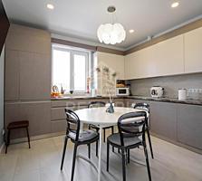Se vinde apartament cu 3 camere, pe str. Mircea cel Bătrân. De la ...