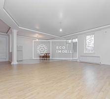Se vinde apartament cu trei odăi și living în casă de tip club, ...