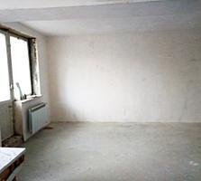 Самый центр 1-к квартира 29/13,3/5,7 балкон 3,3 кв. м.