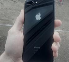 Продам айфон 8 плюс