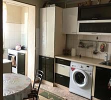 Продается 3 комнатная квартира на Западном с ремонтом 78 кв. 143 серия