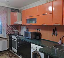 Большая 2 комнатная с ремонтом мебелью и техникой. 50 м2, кухня 11 м2
