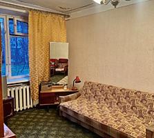 Продаётся 2х комнатная квартира (Парк Победы)