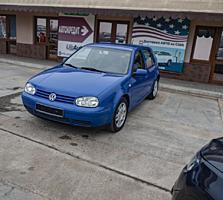 Volkswagen Golf (Usauto)