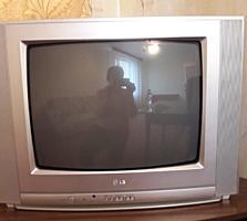 Продаем телевизор в рабочем состоянии