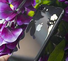 iPhone 8+ на 64 gb
