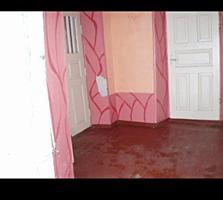 Продается дом в центре с. Бутор