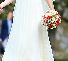 Продам красивое свадебное платье.