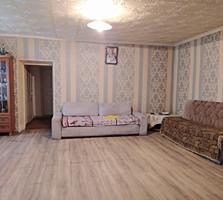 Продаю дом 85 кв. м. с участком 10 соток в Варваровке