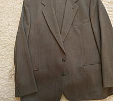 Продам мужские костюмы в отличном состоянии