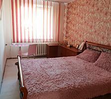 Продам 2-х комнатную квартиру в самом центре Тирасполя(Счастливый мир)