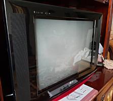 Телевизор LG ultra slim в идеальном состоянии.