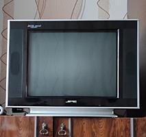 Продам телевизор JPE