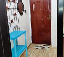 Vind apartament cu o camera +living in zona ecologica la Durlesti