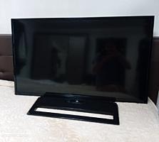 Телевизор TOSHIBA 102см. в хорошем состоянии smart wi-fi bluetooth