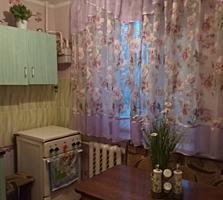 1- комнатная в районе Красных Казарм с ремонтом и мебелью