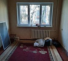 Срочно 2-х комнатная возле ресторана Аурика 47м2 1/5 16800 евро Торг!