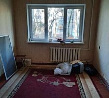 Срочно 2-х комнатная возле 5-ой поликлиники 47м2 1/5 16500 евро Торг!