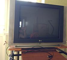Отдам телевизор на запчасти БЕСПЛАТНО (Самовывоз)