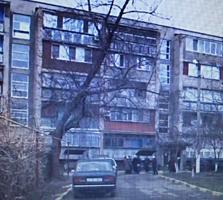 Продам 2-х квартиру в центре Дубоссар