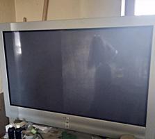 Продам большой телевизор Sony