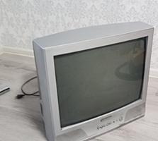 Телевизор Samsung, цветной, рабочий