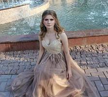 Продам пышное выпускное платье