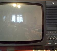 Продается цветной телевизор Рубин. Советский.