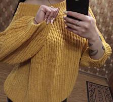 Продам вязанный свитер