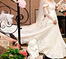 Продам необыкновенное платье