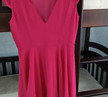 Продам платье размер С