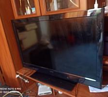 HITACHI толщина телевизора 1 см USB. Hdmi.