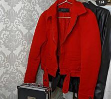 Продам новую куртку Zara и пальто JTB