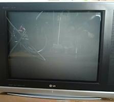 Продаю телевизор LG в отличном состоянии