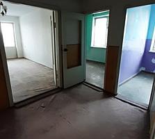 Срочно! Продам 3-комнатную квартиру. Уместен приличный торг!!!