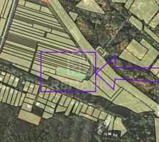 Se vinde teren 11ari, cu destinația grădină! Lotul este amplasat pe .