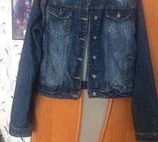 Продаётся женский джинсовый жакет