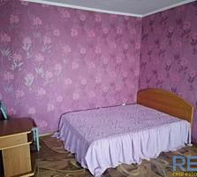 Продаётся 1-комнатная квартира (Октябрьское)