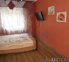 Продам 3-х комнатную квартиру ул.Ак. Вильямса, бар  Привал .  ...