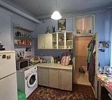 Продам 2 ком. Квартиру на земле(50м2), центре мун. Бельцы