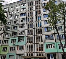 Apartament cu 3 odai ce dispune de euroreparatie, amplasat in sec. ...