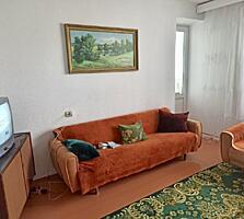 Продаётся 2-комнатная квартира. Р-н Мечникова.