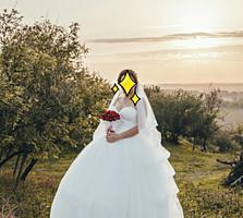 Продам свадебное платье 150$ возможен торг
