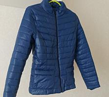 Куртка жен демисезонная 40-42, новая 250 руб, джинсы скини -70 руб