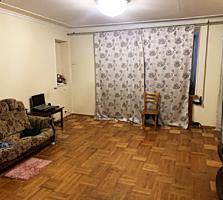 Продаю 2к. квартиру в Лесках (ул. Крылова)