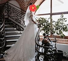 Продам свадебное платье(не венчанное)
