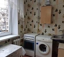 Apartament cu 2 odăi bilateral
