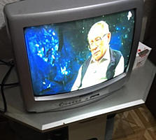 Телевизор SONY кинескопный.