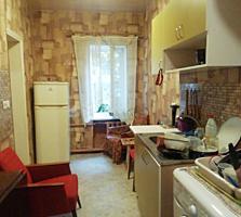 2 комн. квартира на Б. Хмельницкого.